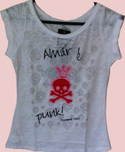 Camiseta Amar é Punk by Fernanda Mello – Feminina – Branca
